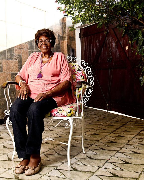 Dona Ivone Lara, uma das primeiras mulheres a ingressar no universo masculino de compositores de escolas de samba  (Foto: Paula Giolito Folhapress)