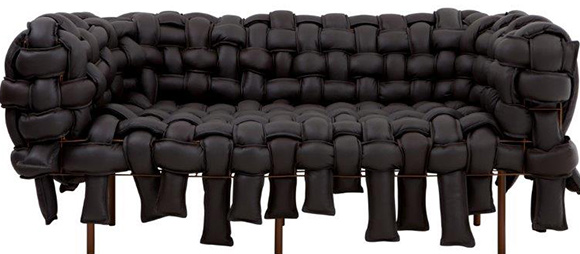 Sofá Underconstruction da  da  Lot Of Brasil
