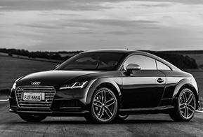 Audi TTS Coupé chega ao Brasil com mais espaço e esportividade