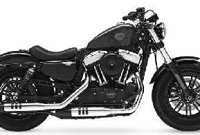 Harley-Davidson atrai jovens com motos prontas para customizar