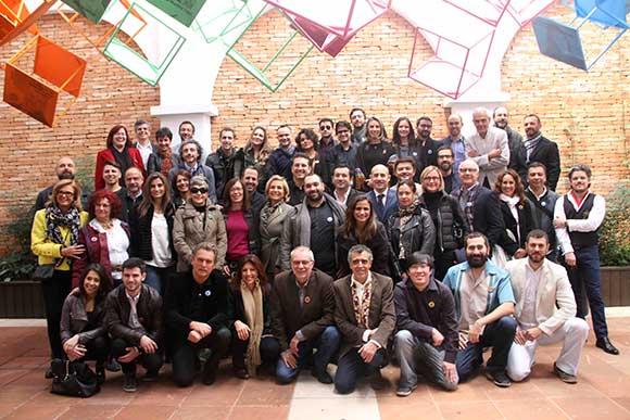 Participantes que contribuíram com suas ideias para criação da instalação Design é