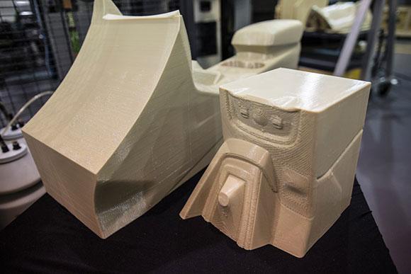 Peças produzidas pela Ford  com a nova impressora 3D Stratasys